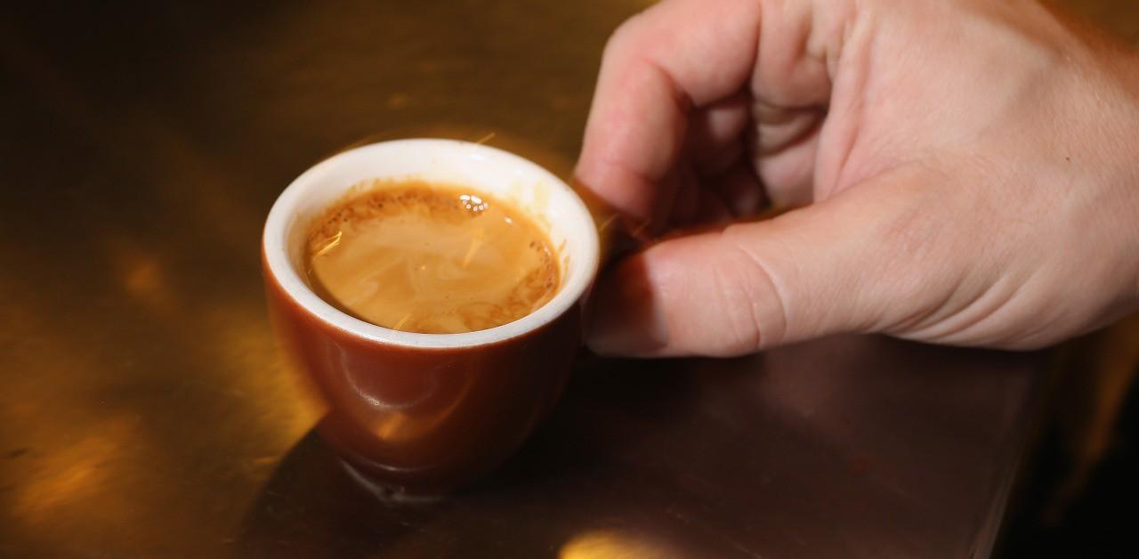 Bere caffè fa male alla prostata?