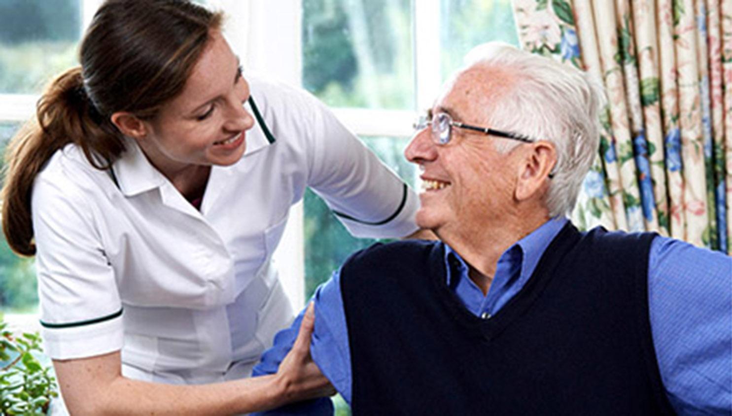 Chi è e cosa fa il caregiver familiare
